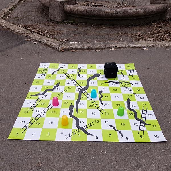 Žaidimas gyvatės ir kopėčios